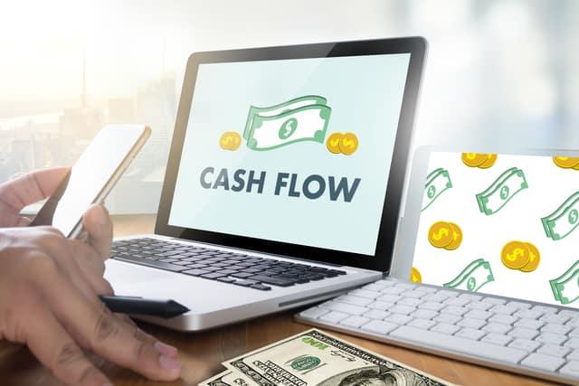 財務キャッシュフローの見方を解説、配当金の支払いはマイナス