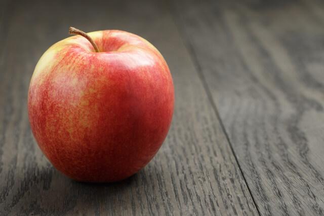 ひとつのりんご
